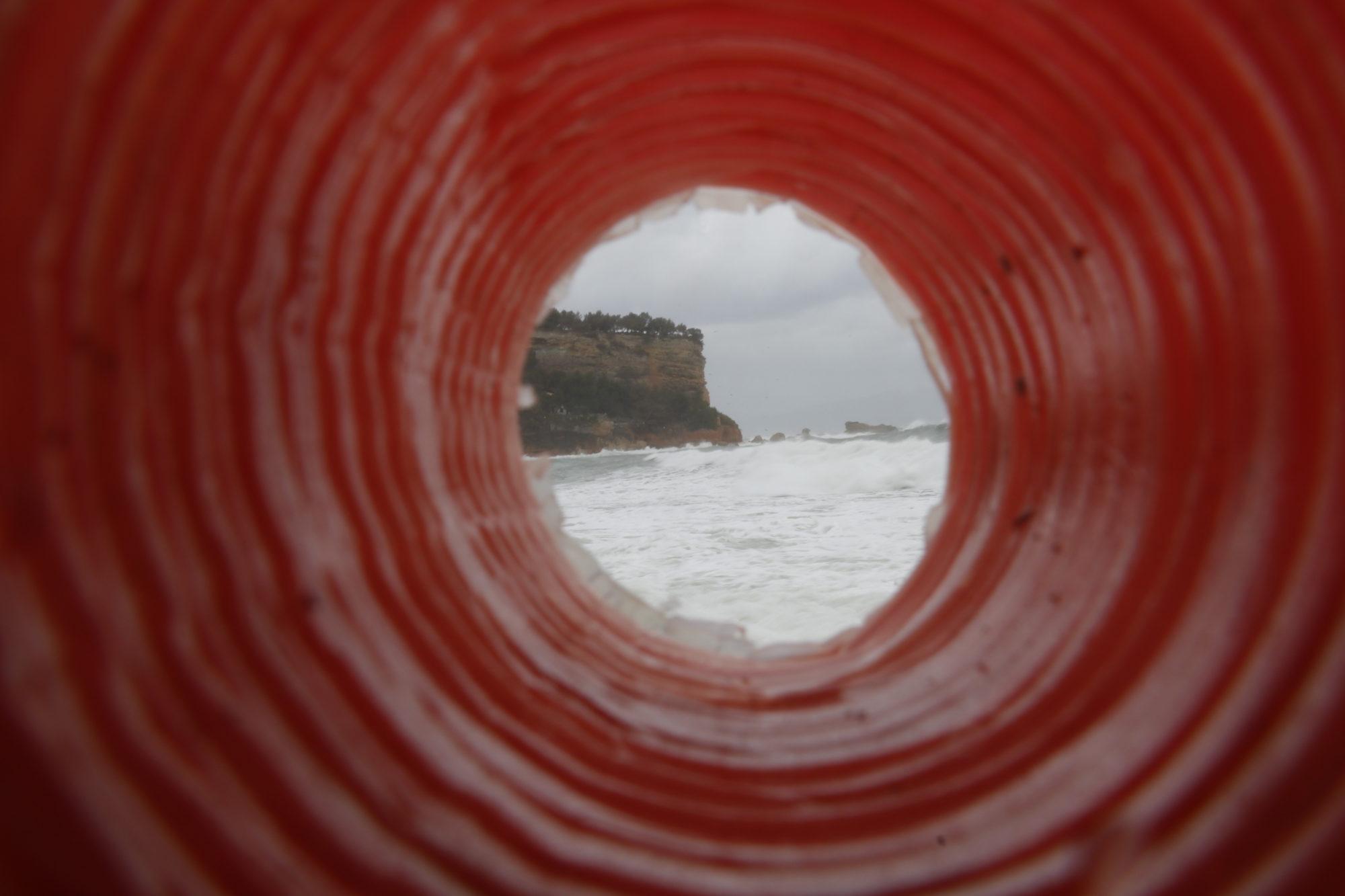déchets, nettoyage des plages, spot, tempête, surf, surfeur, surfeuse.fr, côte bleue, poubelle