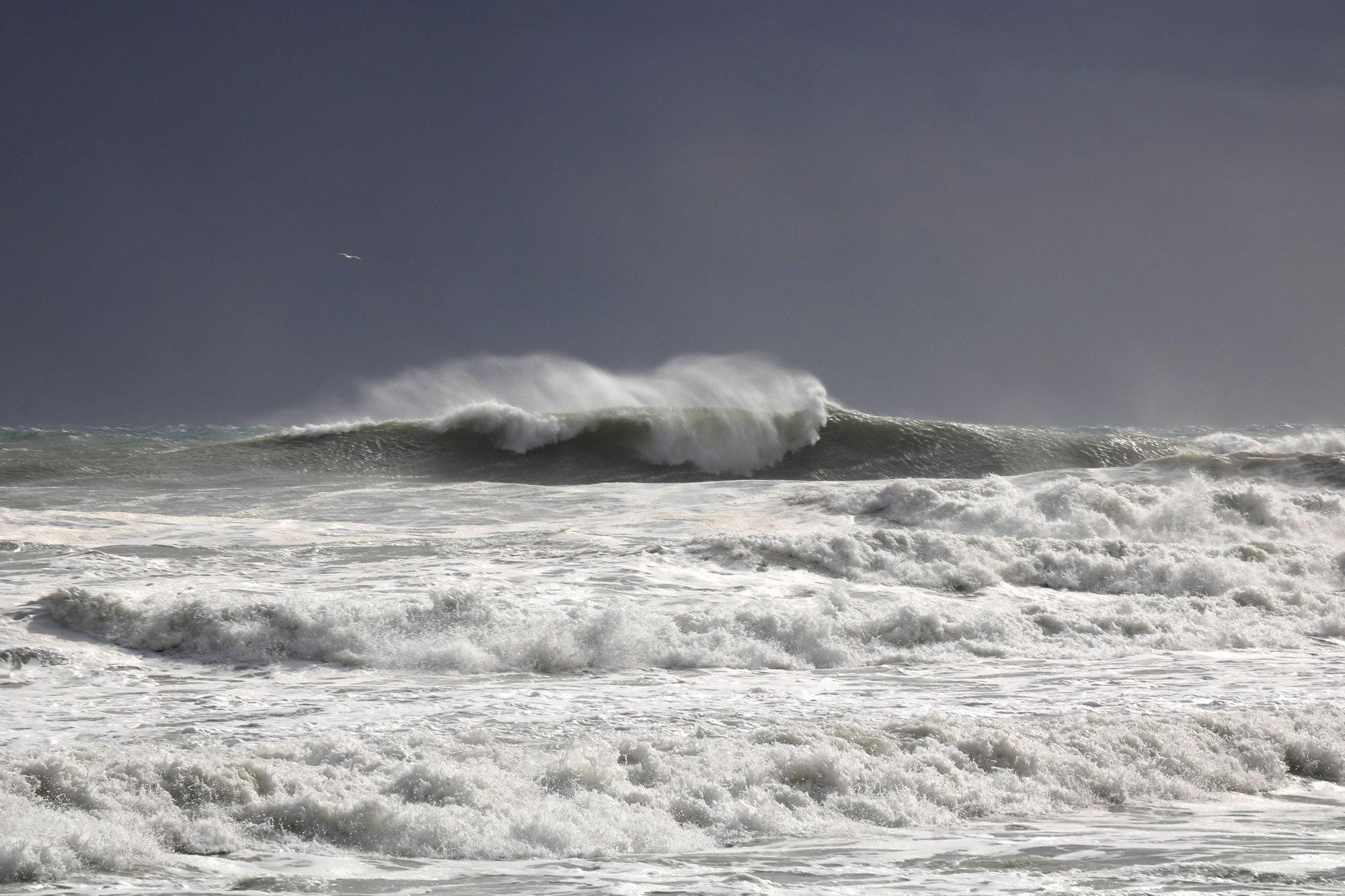 big wave, grosse session, wave, côte bleue, surf, surfeur