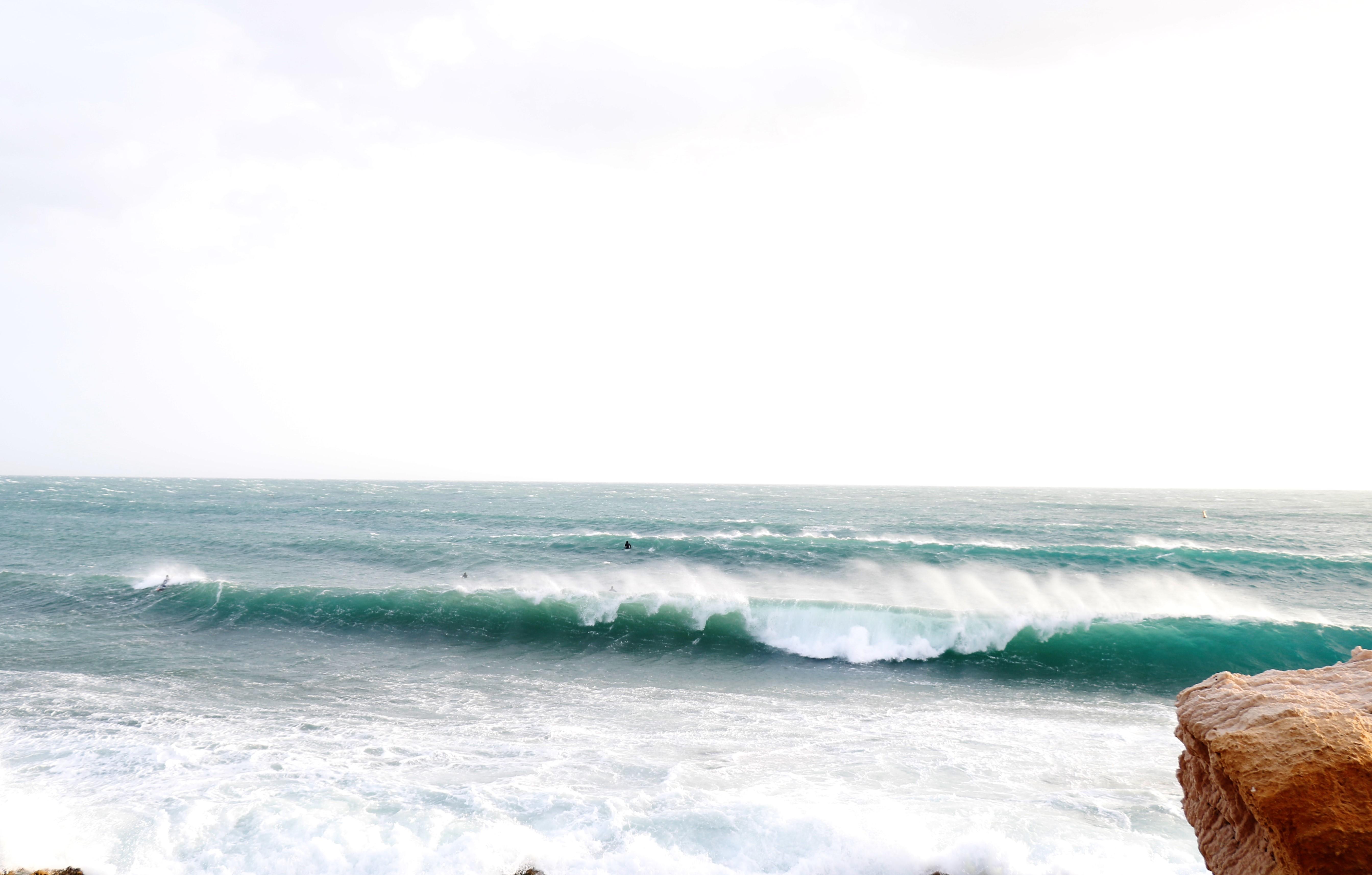 photo surf tempête