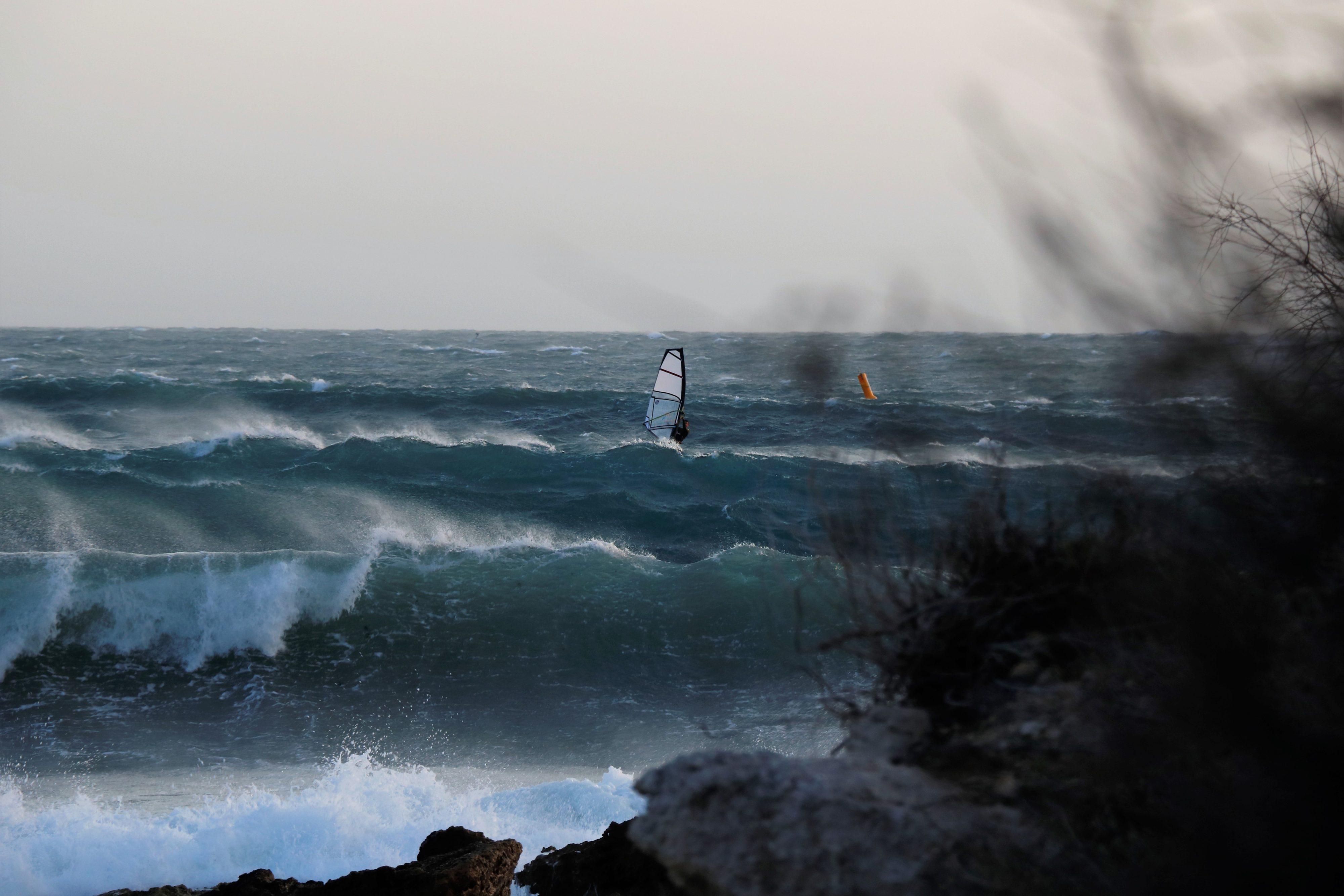 surf taille de mât windsurf côte bleue