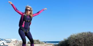 parachustiste pro et surfeuse avant tout